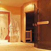 © Landhotel Traunstein - Wellnessbereich finnische Sauna