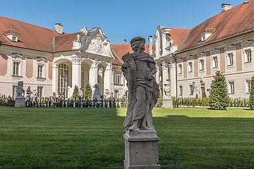 Innenhof Schloss Lamberg, (c) Susanne Weiss