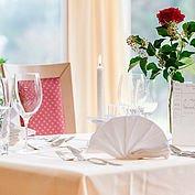 Impression - gedeckter Tisch - mit der Liebe zum Detail