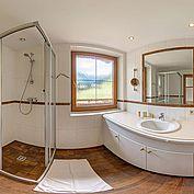 Badezimmer im Landhotel Wiedersberger Horn