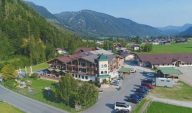 Reiturlaub in den Kitzbüheler Alpen