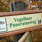 Vogelbeer Panroamaweg Almenland © Tourismusverband Naturpark Almenland Foto Pollhammer
