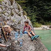 Kinder am Wasser © Tirol Werbung