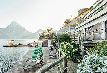 Alle Zimmer mit Balkon und Seeblick