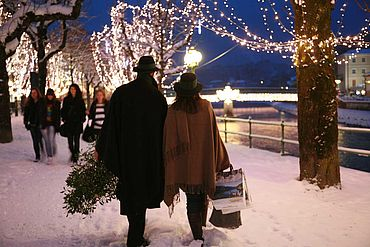Winterliche Einkaufstour, Esplanade Bad Ischl, © STMG