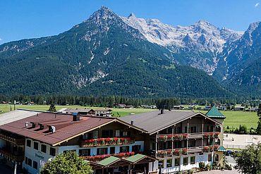 Landhotel Strasserwirt - Hotelansicht