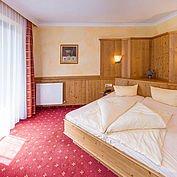 Landhotel Wiedersbergerhorn - Warme Farben in den gemütlichen Gästezimmern