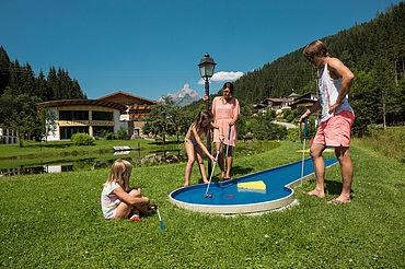 Minigolf im Landhotel Alpenhof