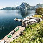Landhotel Das Traunsee - Blick vom Hotel zum Traunsee - Lacus Felix
