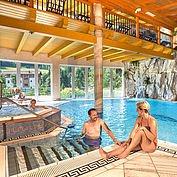 Hallenbad im Landhotel Alpenhof