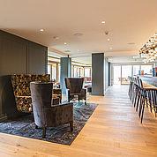 neuer-lounge-und-barbereich-im-landhotel-edelweiss
