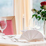 © Landhotel Schuetterbad - Restaurant mit Wintergarten