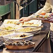 reichhaltiges Frühstücksbuffet © Landhotel Mader