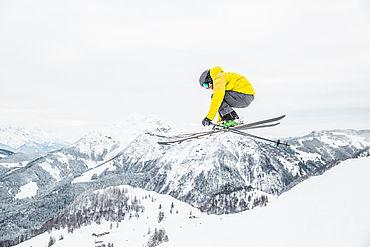 Skifahren in den Kitzbühler Alpen, © Mirja Geh / Eye 5