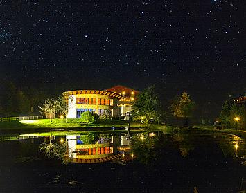 Landhotel Alpenhof bei Nacht