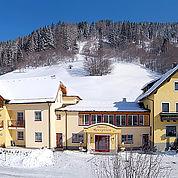 © Landhotel Stofflerwirt - Wintersonne in St. Michael im Lungau