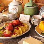 © Landhotel Gressenbauer - reichhaltiges Frühstücksbuffet