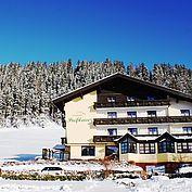 Landhotel Preßlauer - Hotelansicht Winter