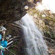 © Salzburger Saalachtal - Wasserfall in der Vorderkaserklamm