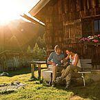 Zeit zu Zweit: Landhotels Gutscheine schenken - Almwanderung ©SalzburgerLand