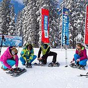 Vorbereitung zur Schneeschuhwanderung © CoenWeesjes/TVB Filzmoos