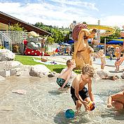 Freibad - großzuegiger Kinderbereich