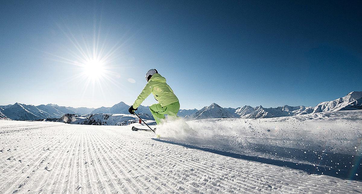 skifahren-rastkogel-c-zillertaltourismus-andre-schoenherr