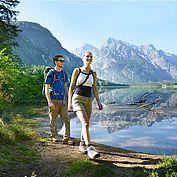 © TVB Almtal Salzkammergut Andreas Roebl - Wandern am Almsee