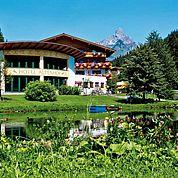 © Fotodesign David - der Alpenhof mit hauseigenem Teich