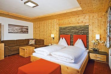 Zimmer Zirbenstein - Besser schlafen durch die Wirkstoffe der Zirbe