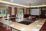 seminarraum-mit-direktem-ausgang-in-den-garten