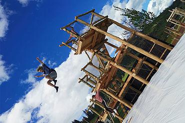 Sprungturm mit Airbag im Drachental Wildschönau im Sommer, Fotograf: T.L, (c) Wildschönau-Tourismus