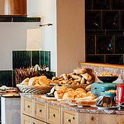 Frühstücksbuffet im Landhotel Das Traunsee