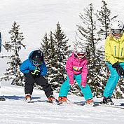 Familie beim Skifahren,  © Salzburger Saalachtal Tourismus