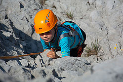 Kind beim Klettern, (c) Rudi Kain Photografie