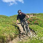 Ihr Gastgeber und Mountainbiker Chris Pfaffenbichler