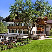 Sommer Hotelansicht Landhotel Schütterbad