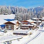Hotelaufnahme im Winter - Aussen
