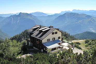 Kranabethhütte on the Feuerkogel