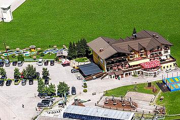 © Landhotel Traunstein - Luftaufnahme Hotel
