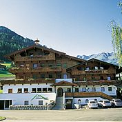 Sommeransicht Landhotel Wiedersbergerhorn