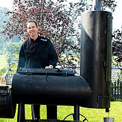 robert-ramsebner-chef-des-hauses-am-smoker
