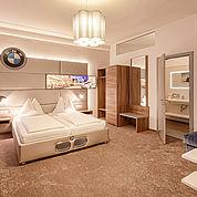 © Landhotel Mader - BMW Suite