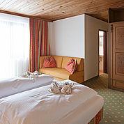 landhotel-agathawirt-doppelzimmer-mit-zusatzbett