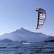 © TVB MondSeeLand - Kitesurfen am Mondsee