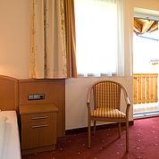 © Landhotel Traunstein - Einzelzimmer mit Balkon