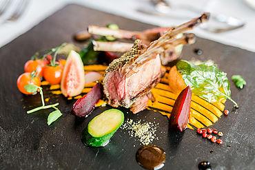 kulinarische Hochgenüsse im LH Edelweiss