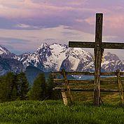 Am Gipfelkreuz - die Laute der Natur wahrnehmen