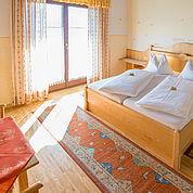 © Landhotel Presslauer - helle ruhige Komfortzimmer