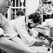 Das Küchenteam rund um Lukas Nagl